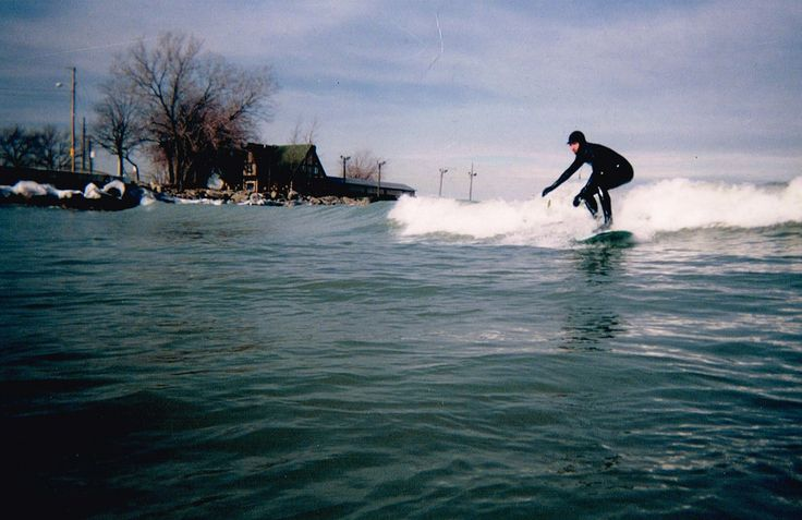 Scans of old photos from my lake surfing days. Taken with some kind of disposable camera in early 2001.
