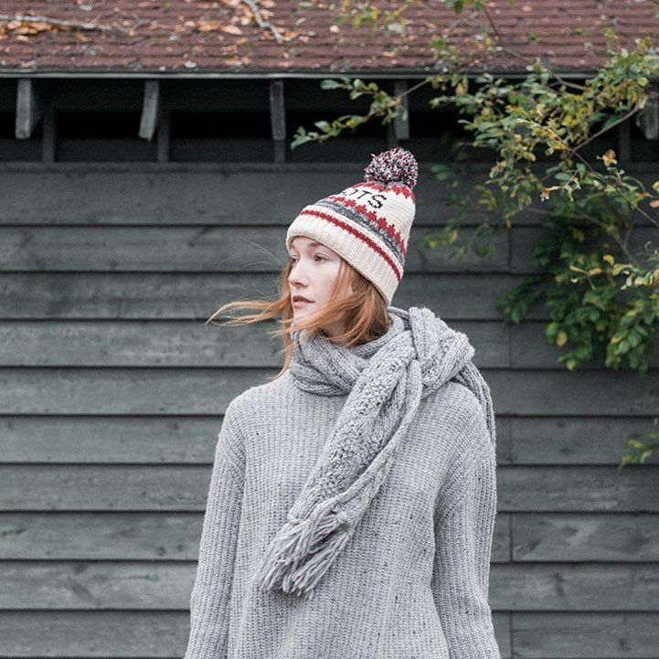 Essential for fall and beyond, our collection of toques and scarves feel just as cozy as sitting next to the fire. Lookbook link in bio . #RootsIsCanada