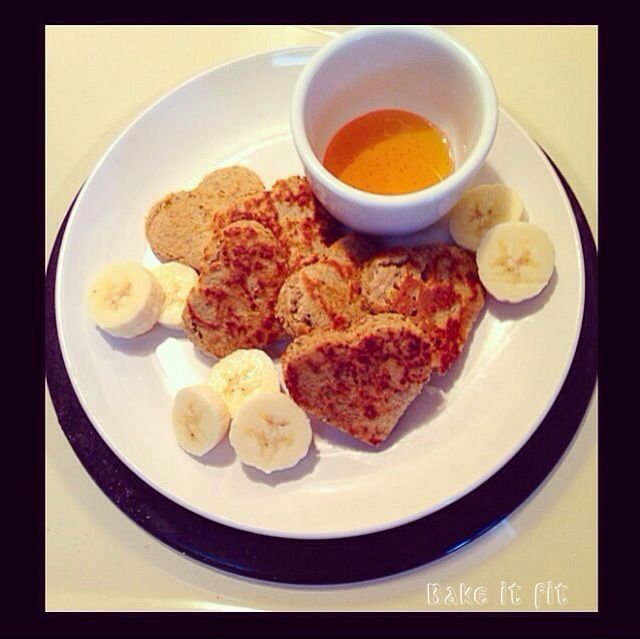 Fluffy Banana-Oats Pancakes | Pancakes Esponjosos de Avena y Banano  #bakeitfit #foodforfitness #superfoods #healthybreakfast #healthylunch #healthycrepes #cleaneatingrecipes #healthyrecipes #healthylifestyle