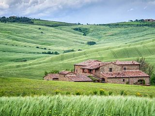 Beautiful villa for 15 people with pool near Pienza in Tuscany   Vacation Rental in Pienza from @homeaway! #vacation #rental #travel #homeaway ERIN EMAILED