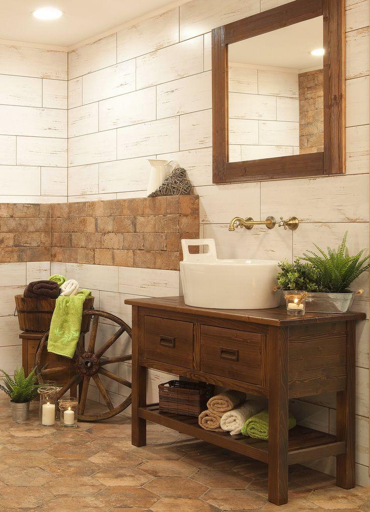 Country koupelna. Vsaďte na jemné tóny v pastelových barvách, kombinujte s bílou, krémovou či jemně šedou.