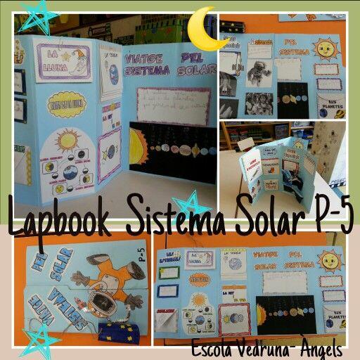 """Lapbook del projecte """"Viatge pel Sistems Solar"""" realitzat pels alumnes de P-5 de l'escola Vedruna Àngels de Barcelona"""