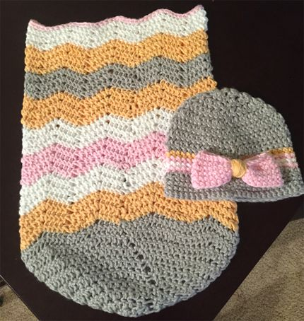Crochet Patterns For Baby Sweater Sets : Sleep sack and hat matching set (Free Patterns) Crochet ...