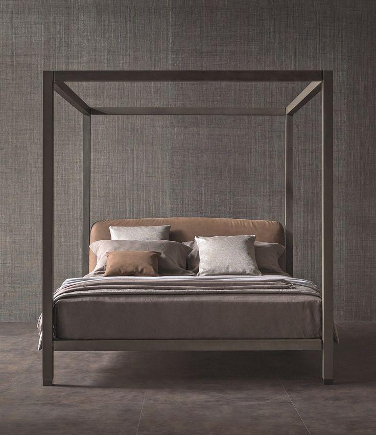Ari, il letto a baldacchino firmato Flou