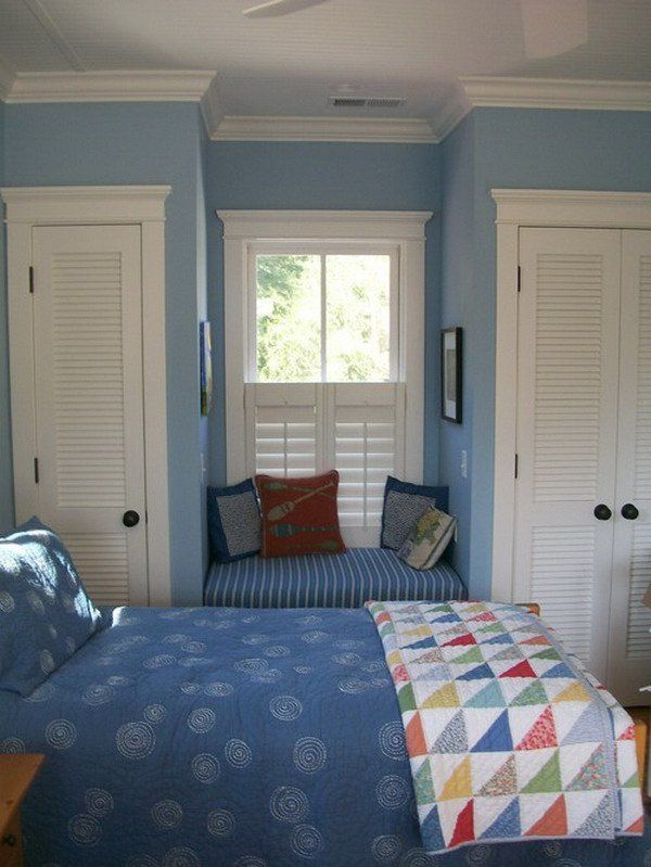 blue traditional kids bedroom 15