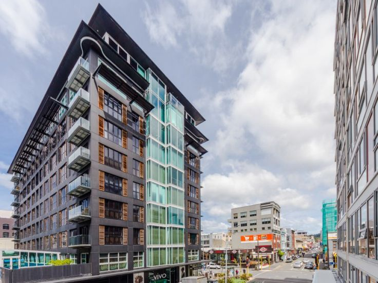"""This is excellent inner-city apartment living with a super central location. An unbeatable combination! Modern, light and bright with Te Papa, Oriental Bay, Courtenay Place and the Waitangi Park weekend markets all literally just around the corner, it doesn't get much better than this! Apartments at this prestigious address are available now. Check out my Tommy's Wellington City page for details. John Kettle, Wellington Real Estate Agent - Apartment Specialist, """"AT HOME in the City"""". 23h"""
