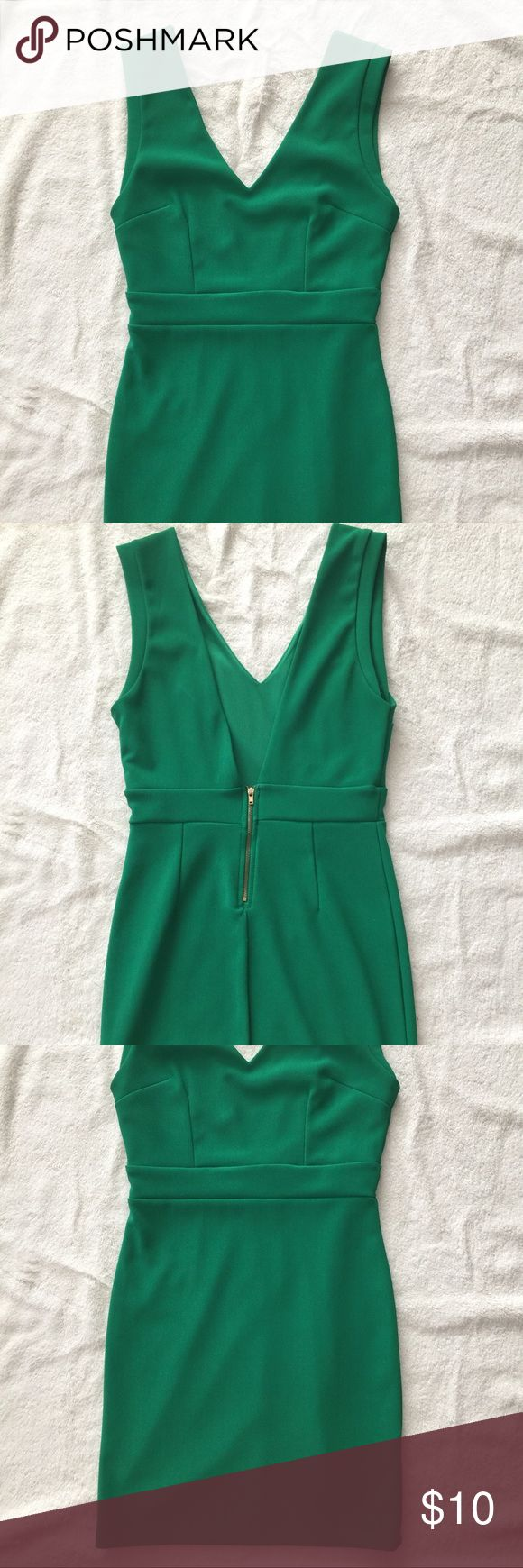 Green Mini Dress Green mini dress with gold back zipper. Tag has been cut out so as not to show in the back. Forever 21 Dresses Mini