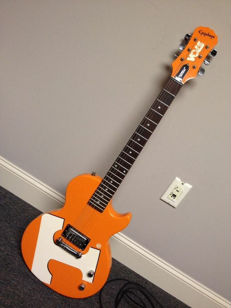 UT VOLS Limited Edition Epiphone University of Tennessee Electric Guitar