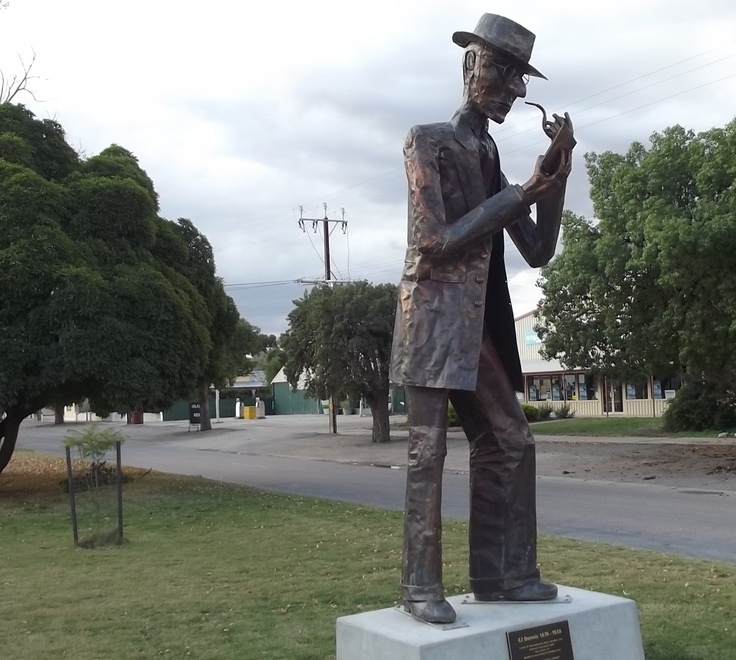 Laura, South Australia's favourite son. Poet C J Dennis. Prominently on display in the main street. http://greynomadtimes.com/wp-content/uploads/2012/06/CJDennis02.jpg