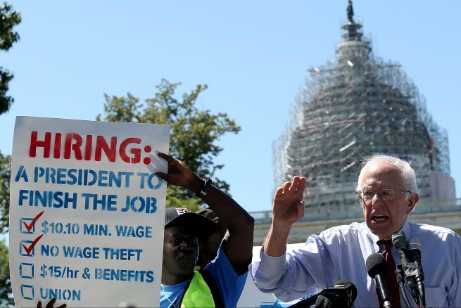 Bernie Sanders quiere limitar la inmigración de trabajadores no cualificados - Univision Noticias