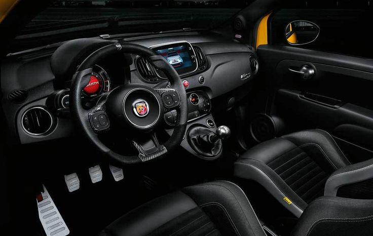 Al volante del Abarth 595 Competizione - Con 180 caballos y una imagen impactante, el...   Marca.com