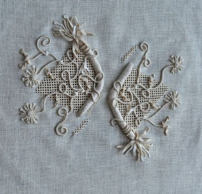 Koala Conventions - Home Casalguidi is a very exciting form of embroidery allowing the embroiderer to manipulate the threads in all directions to create texture and dimension to a piece. The completed design measures 35cm x 35cm
