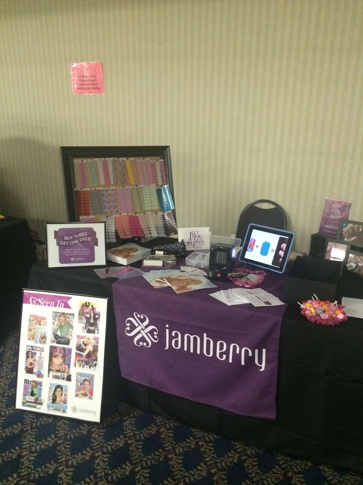 Jamberry vendor set up.  www.jennifergroffjamberrynails.net
