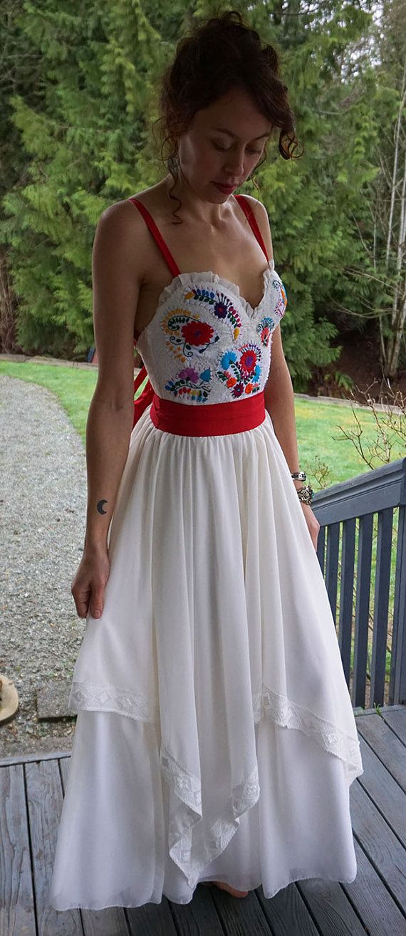 25 b sta id erna om mexican fashion p pinterest for Dresses for mexico wedding