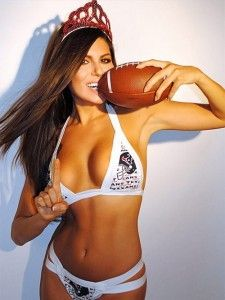 La modelo Terann Hilow se aventó un 'touchdown' con las imágenes que publicó en Instagram, al modelar en lencería varios atuendos de los equipos de la NFL. Con una corona en la cabeza y un balón de futbol americano, Hilow luce sus atributos. Terann es modelo, aspirante a chef y diseña traje de baño. […]
