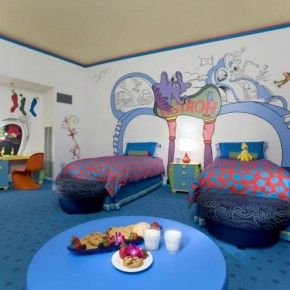 Beach Decorating Idea For Two With Lots Of Blue Bedroomdesignideass.com.  Beach Theme BedroomsOcean ...