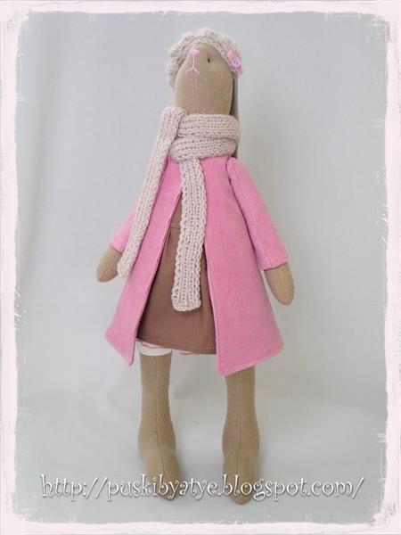 Быть девочкой в розовом пальто можно и в зелененьком но