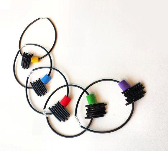 Rosso nero collana collana popolare contemporanea di PevalekArt