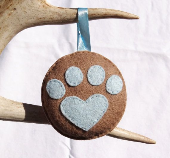 Heart Paw Print Christmas Ornament _ SillyOllie.etsy.com