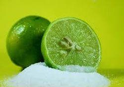 Tipsytrucosdebelleza.com - Bicarbonato y limón para desaparecer los granos