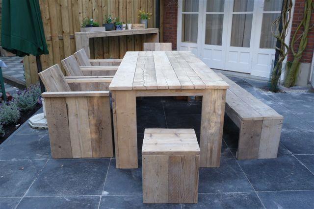 25 unieke idee n over meubels hergebruiken op pinterest tuin meubelen buiten gebouwen en - Keukenmeubelen rustiek ...