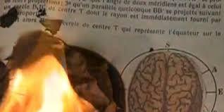 """isabelle bonté - Recherche Google Extrait du film """"Le souffle du temps (Ayin). réalisé par Isabelle Bonté-Hessed2"""