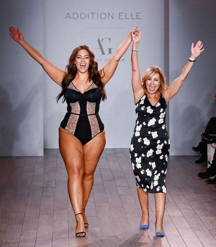 Ashley Graham Looks Sensational In Lingerie On The NYFW Catwalk