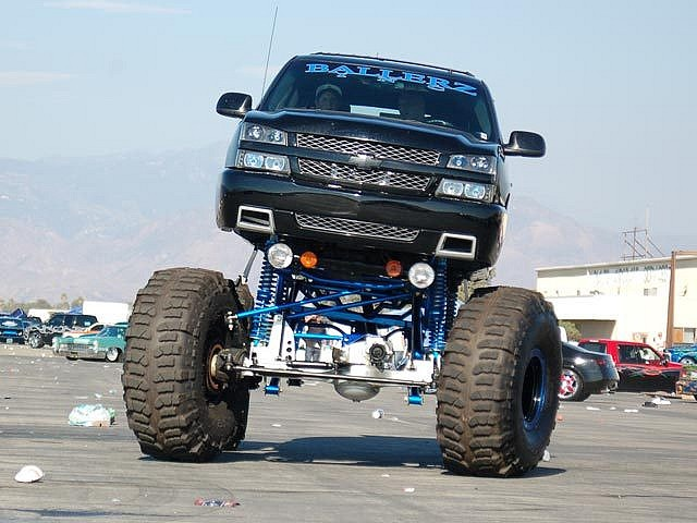 big lifted chevy trucks - photo #46