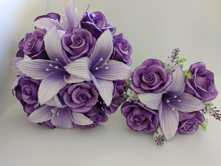Buque de Noiva e de Daminha feitos em EVA de lírios e Rosas uma ótima opção de compra. Podendo ser alterado as flores artificiais conforme estoque.