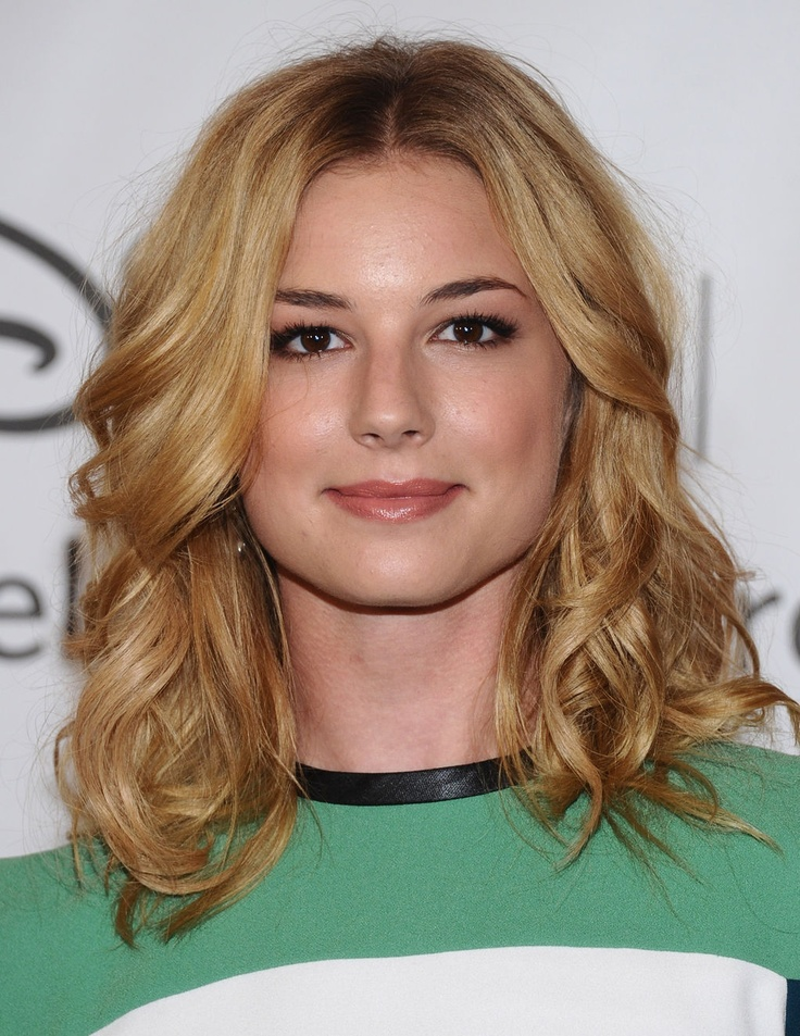 Emily van camp hair- golden and gorgeous