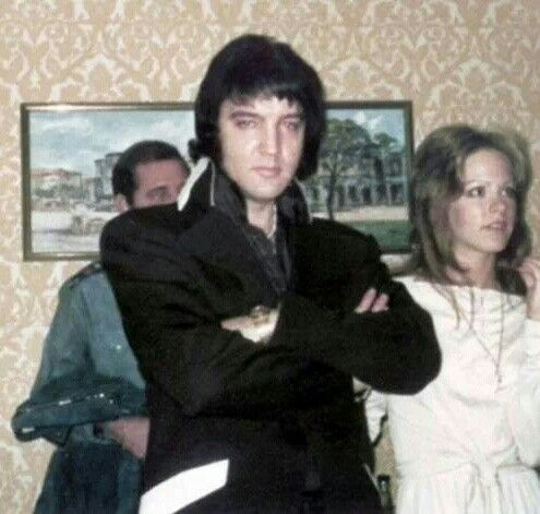 {* Elvis & Sheila Ryan in 1974 ~RIP Guys :( Sheila died ov cancer*}