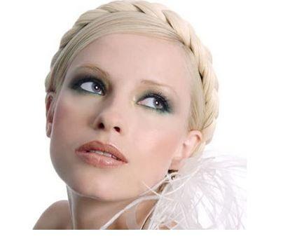 http://christelicious.com/wp-content/uploads/2011/02/bridal-makeup1.jpg