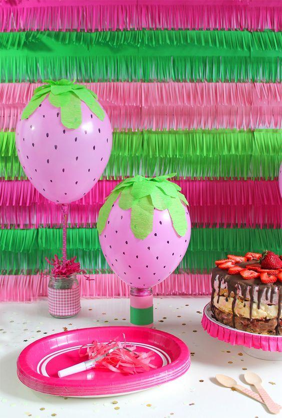 mommo design: FRUIT BALLOONS