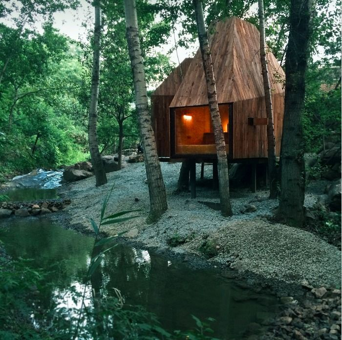 Image 14 of 24 from gallery of The Treehouse / Wee Studio. Photograph by Sun Haiting - RoadsideAlien Studio