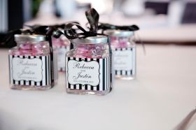 vintage bomboniere ideas #weddingideas