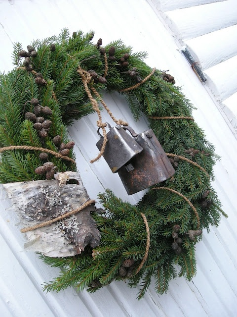 Christmas wreath.. love cow bells .. we have them on our front doors.. everytime someone comes in we can hear them.. one of my favorite christmas presents ever!