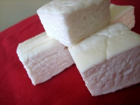 Homemade Marshmallows | Brown Eyed Baker....not health food - but who can resist.