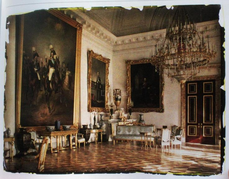 Buckingham palace queen bedroom and palaces on pinterest - Original Colour Photos Of The Alexander Palace In Tsarskoe