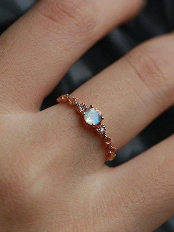 Art Deko Engagement Ring Women Vintage Moonstone Diamant