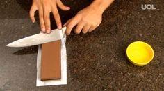 Daniel Borges dá algumas dicas simples para amolar facas com precisão, sem fazer sujeira.