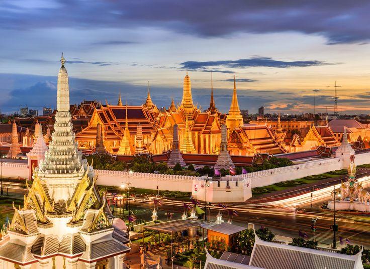 Temple of Dawn (Wat Arun) Bangkok, Thailand sky outdoor landmark City human settlement cityscape tourism place of worship ancient history evening plaza palace temple travel