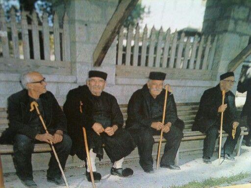 Παραδοσιακες στολες ΜΕΤΣΟΒΟΥ