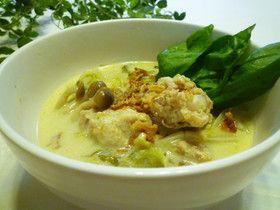 鶏手羽元と白菜のピリ辛エスニック風スープ
