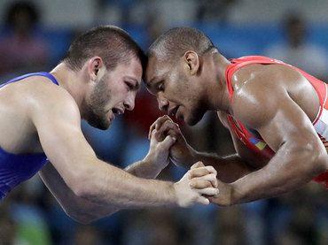 Davit Chakvetadze, Ryssland vann herrarnas brottning grekisk-romersk 85 kg, silver Zhan Beleniuk, Ukraina, brons Javid Hamzatau, Belarus och Denis Kudla, Tyskland.