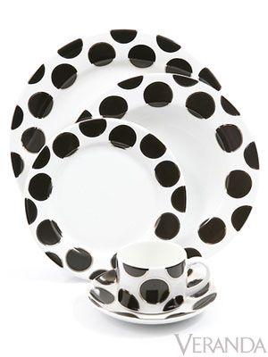 The striking Black Pearl pattern by Cru.