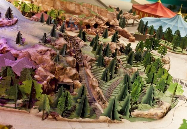 new-fantasyland-model8: Photo