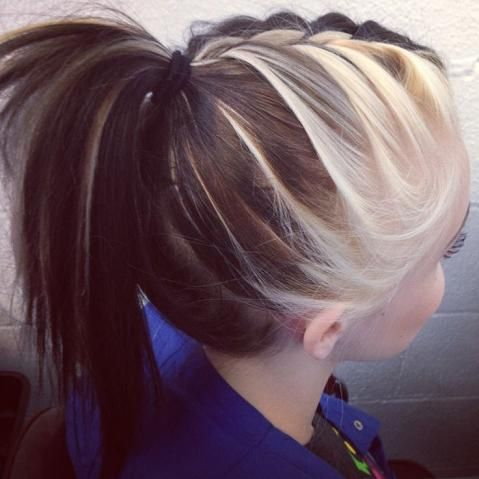 Braided ponytail with two-toned hair. This is gorgeous!