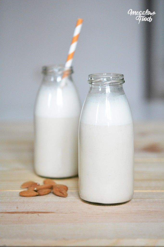 Lait végétal maison ! Recette de lait de noix de cajou et noix du Brésil sur ce lien. A tester. Megalowfood