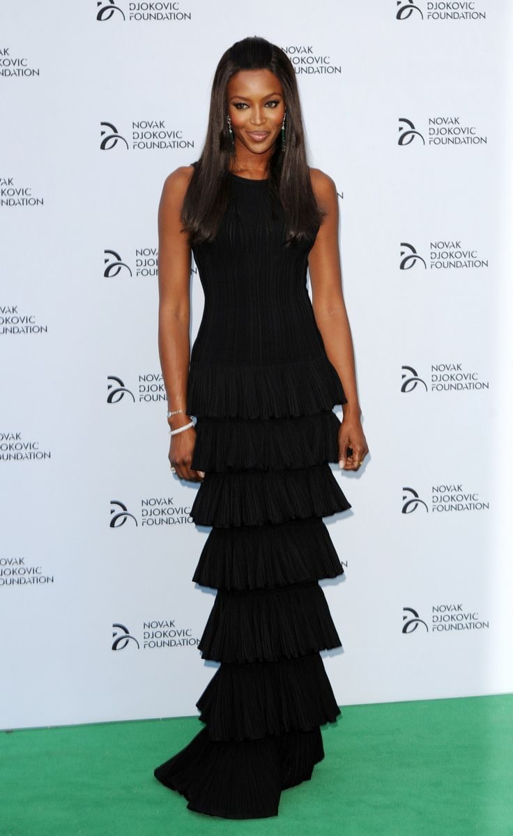 Naomi Campbell rocking Alaia. A blast from the past.