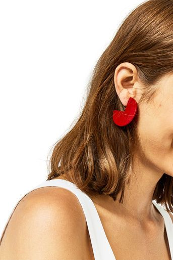 Warehouse, DISC CUT OUT EARRINGS Bright Red 1